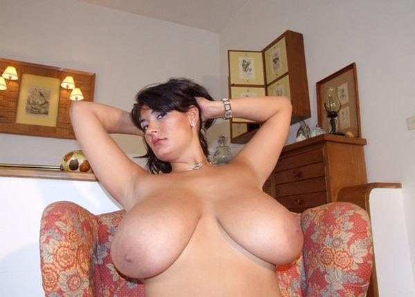 alexandra-moore-topless